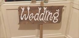 Larkins Lakeside Wedding Venue, Garrykennedy Harbour Lough Derg | Larkins Bar & Restaurant