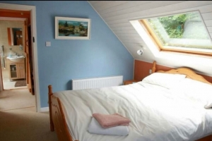 Lakeside 4 Bed Cottage | Larkins Bar | Garrykennedy
