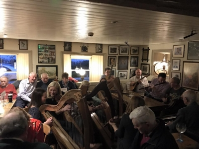 Traditional Irish Music in Larkins