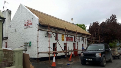 Larkins Bar Thatch